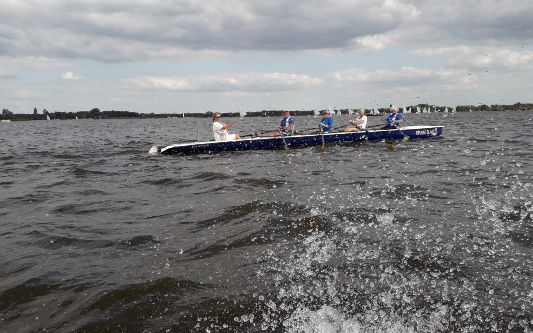Coastal rowing in een Yole de mer